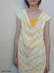 weißes Minikleid mit gebem Top