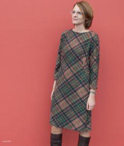 Burdastyle Kleid aus kariertem Wolljersey