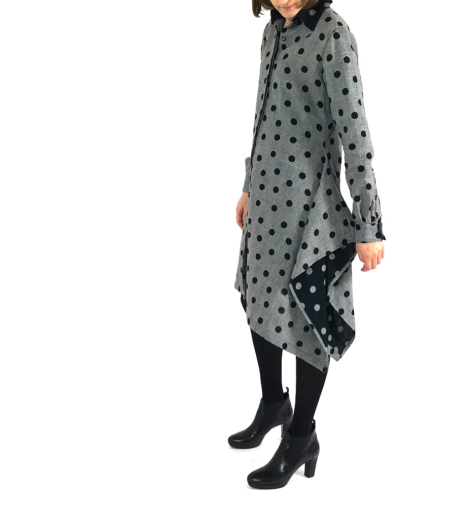 Nähdetail Burdastyle-Kleid: angeschnittener Zipfel in der rechten Seitennaht