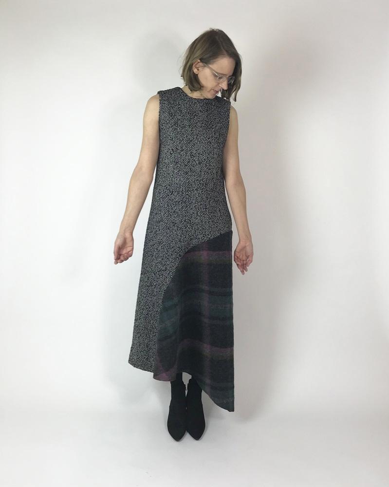 Winterkleid aus Fischgrät und kariertem Wollstoff
