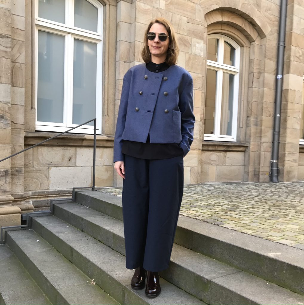 selbstgenähtes Outfit: Culotte, Wolljacke und Bluse
